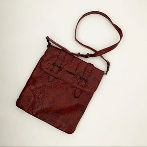 Matt & Nat Vegan Crinkle Crossbody Bag Distressed